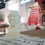 """Messedesign - 3D-gedruckter """"Einstein"""" by voxeljet"""