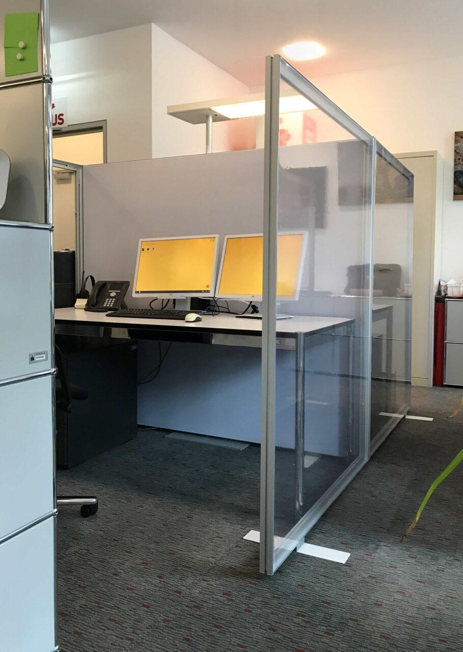 Corona Trennwand Büro