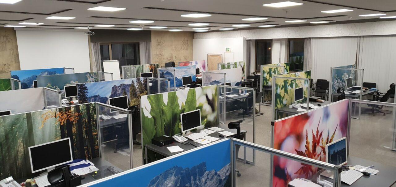 Freudige Arbeitsatmosphäre im Corona Tracing Center